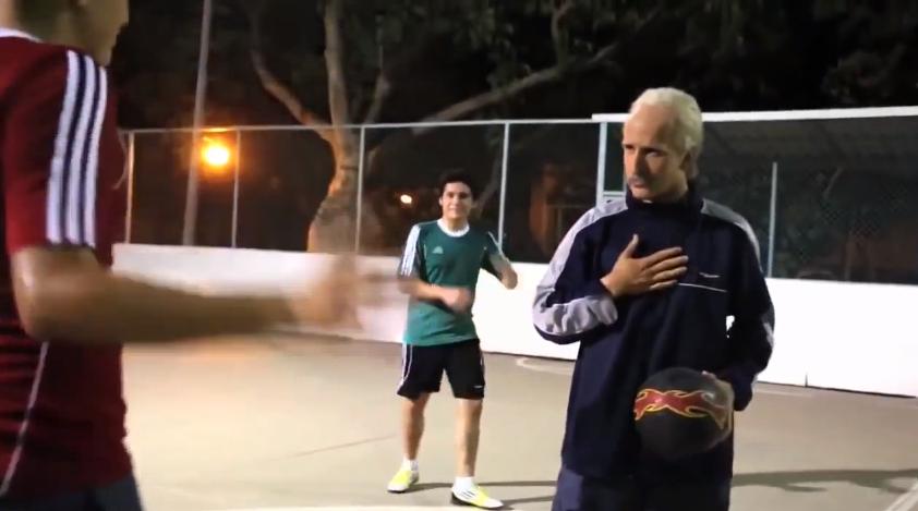 おじいちゃん サッカー
